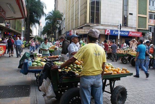 Informalidad laboral, otro desafío del centro de Medellín
