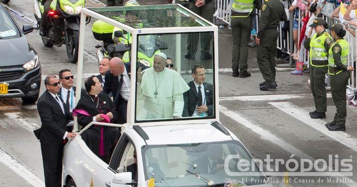 Recorrido papal conmocionó el centro