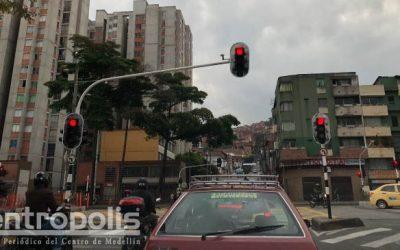 No respetan los semáforos
