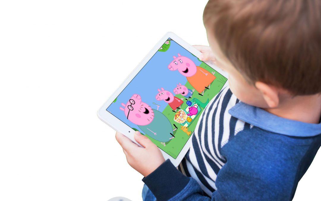 Por el desarrollo de su pequeño hijo, Apague las pantallas