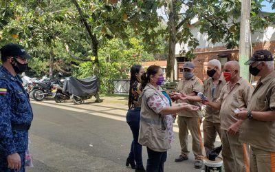 Alcaldía de Medellín entrega 2.400 tapabocas en cárceles y estaciones de Policía