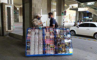 Con campaña pedagógica invitan a vendedores informales a cuidarse
