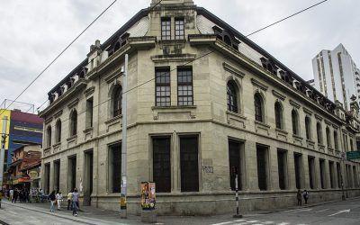 Los guardianes de la historia de la educación en Medellín