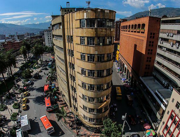 La Naviera volverá a iluminar el centro de Medellín