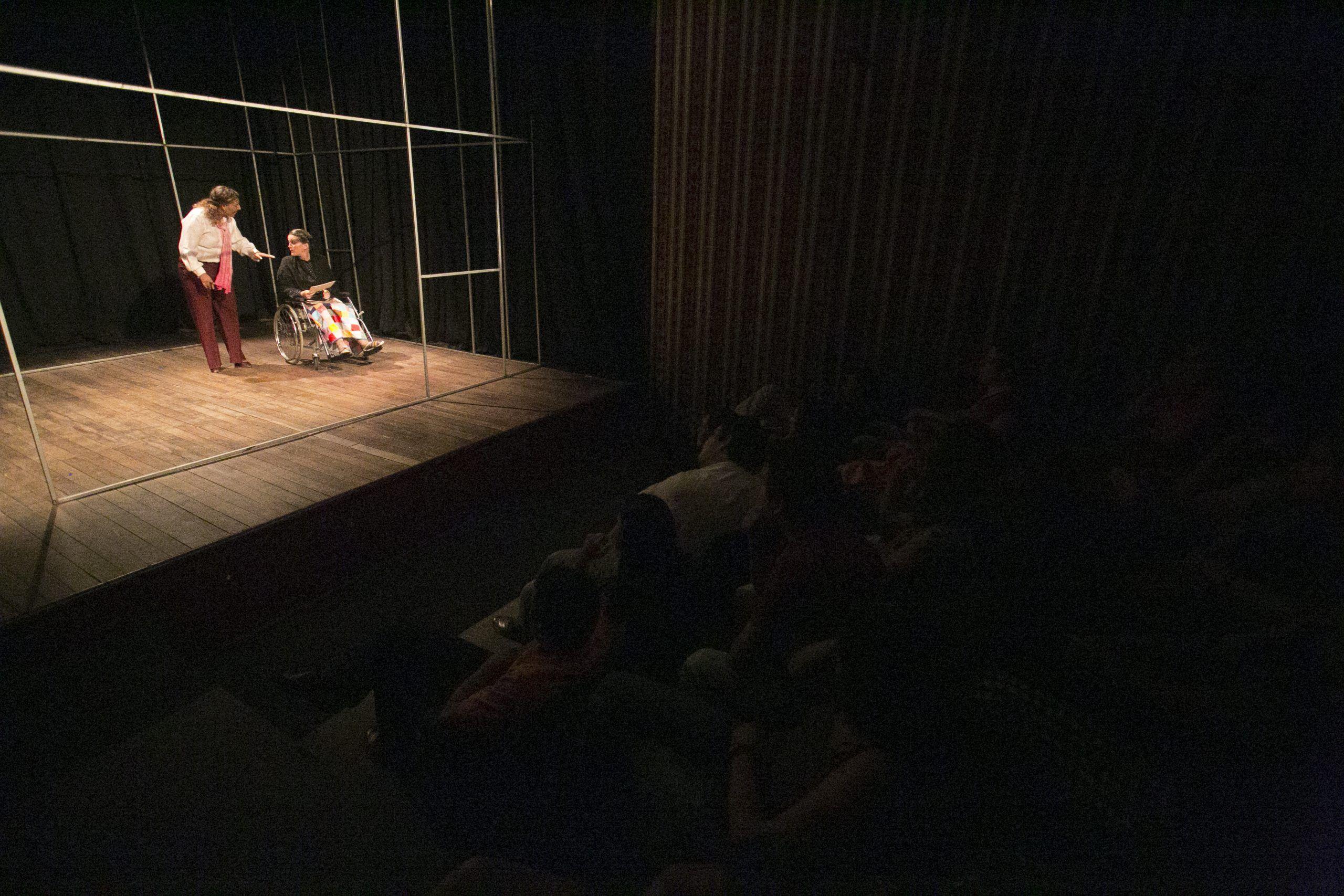Regresan las obras presenciales al Pequeño Teatro.
