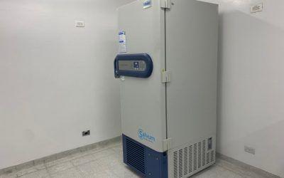 El centro aporta primer ultra congelador para vacunas Covid-19 en Medellín