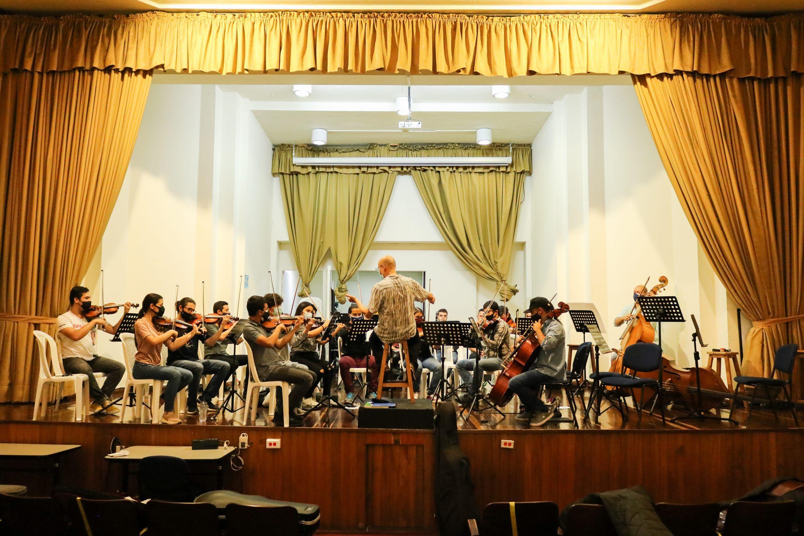 Desde el centro, la Joven Sinfónica de Colombia se rehúsa a rendirse