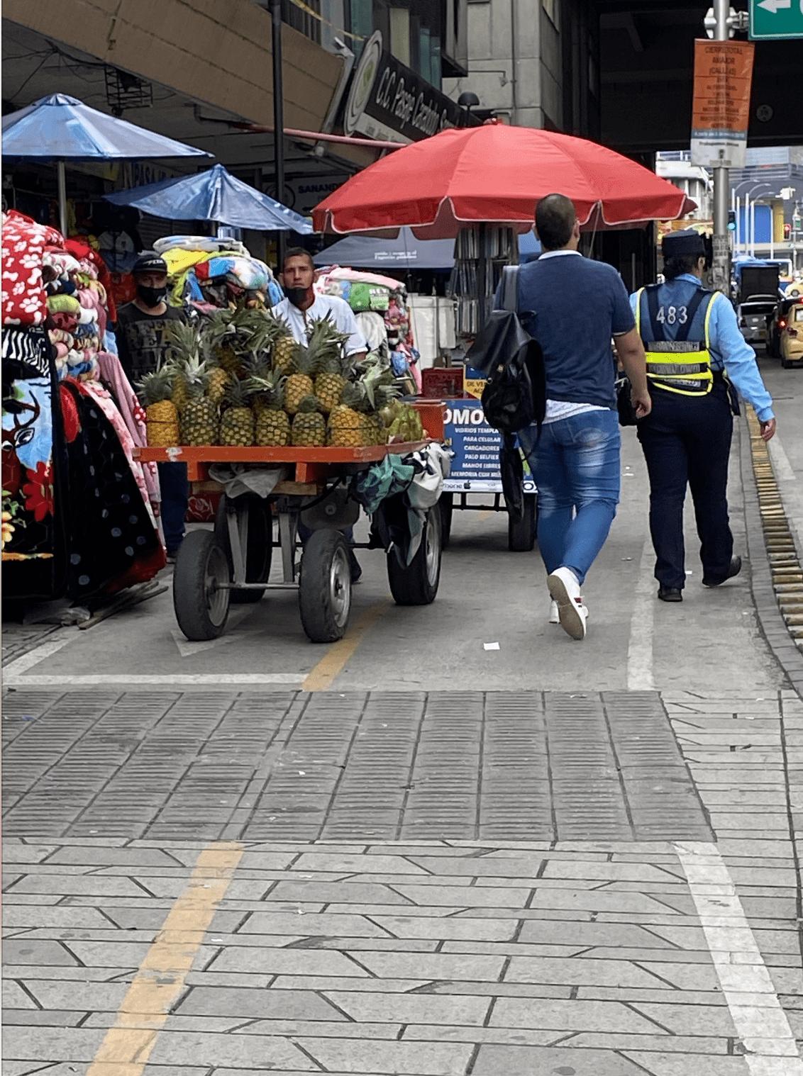 Invasión espacio público