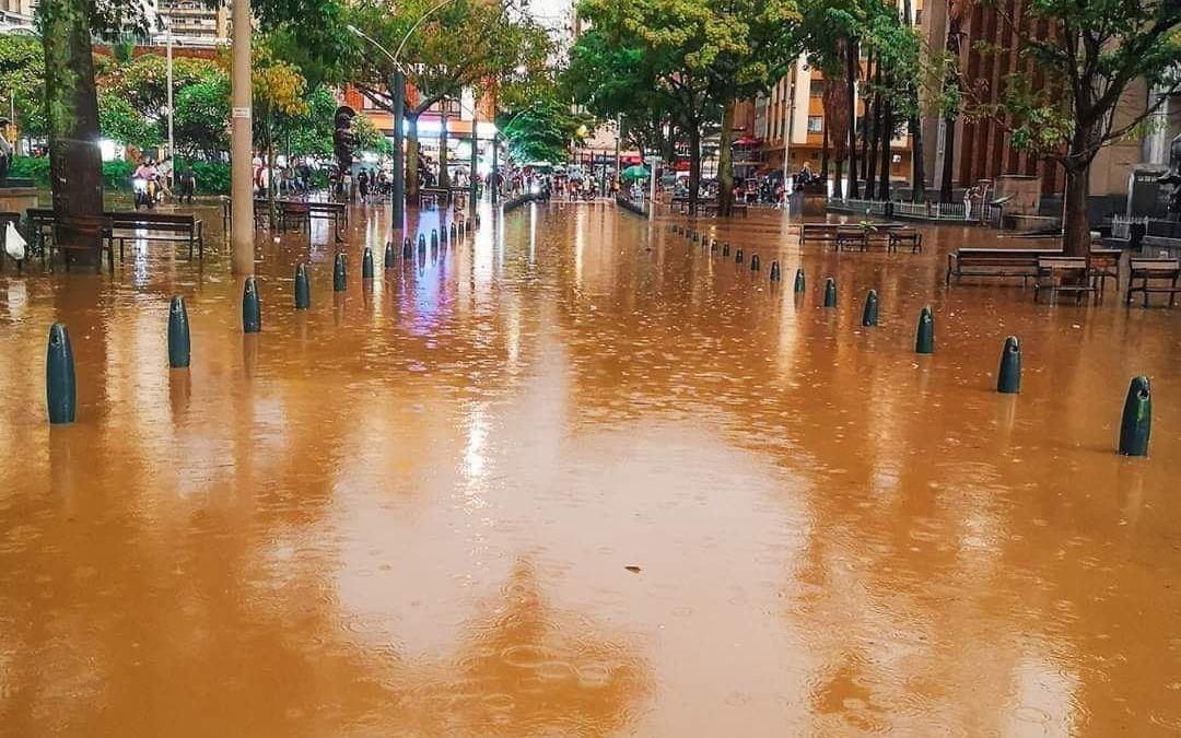 Luego de sufrir múltiples inundaciones, así va el centro de Medellín