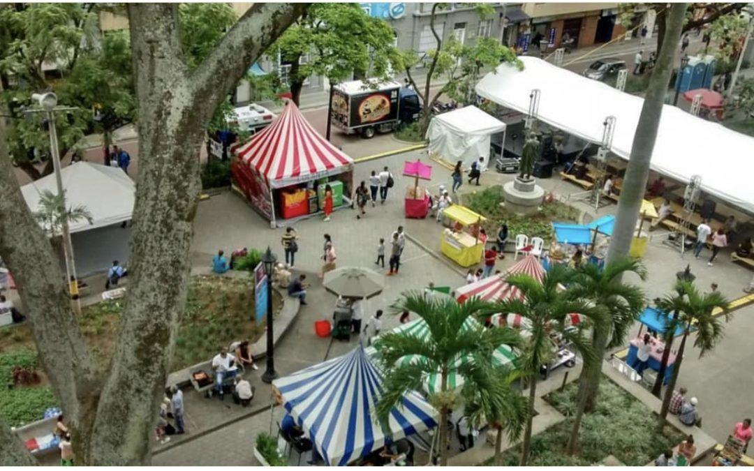 En el centro de Medellin La Arepa Invita este fin de semana