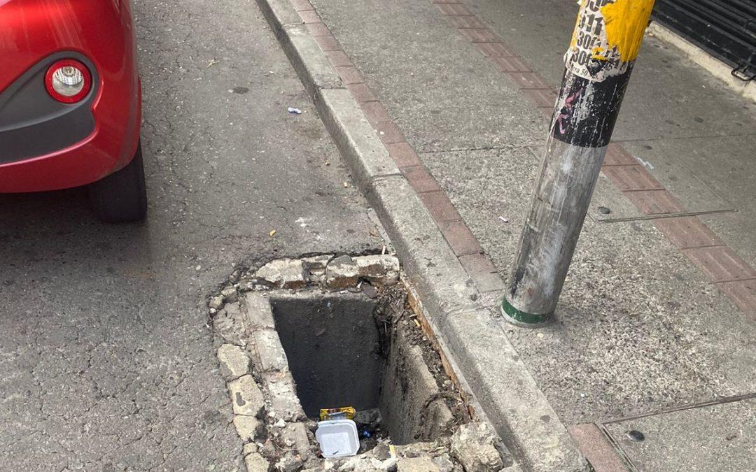 Hueco en calle Maracaibo
