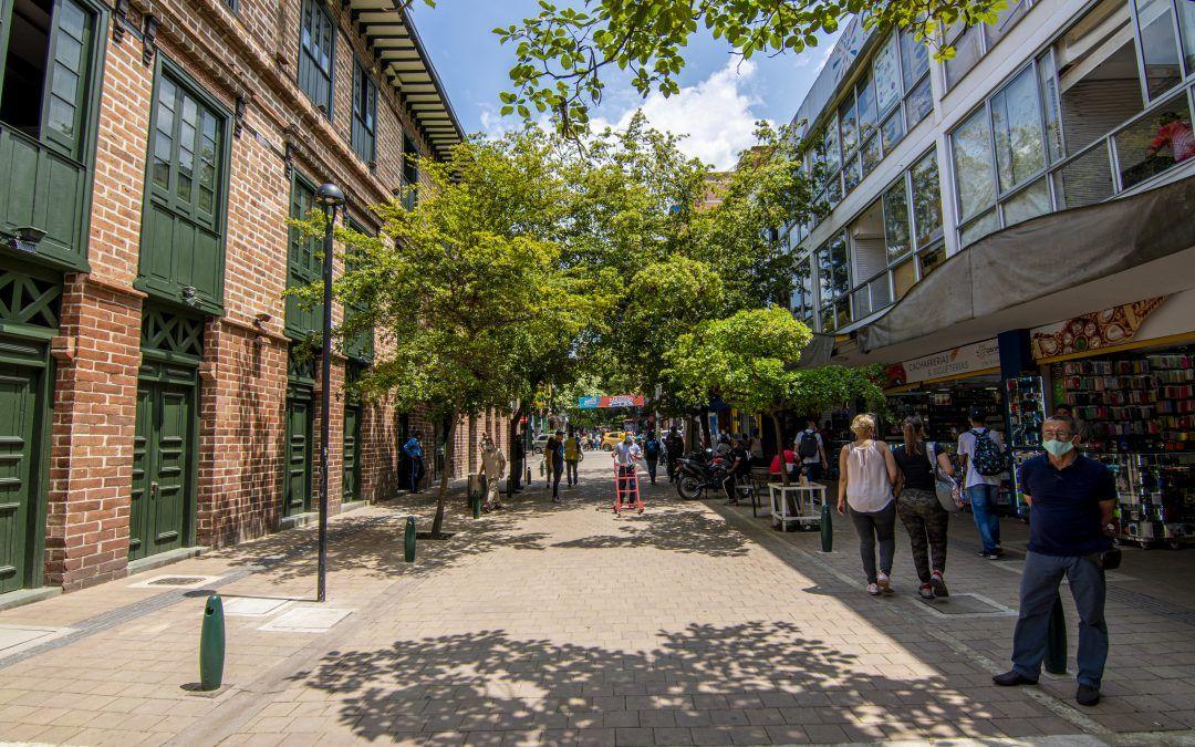 Comerciantes de Carabobo se convierten en padrinos del espacio público